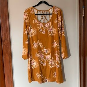 Floral Shift Dress M Like New Condition